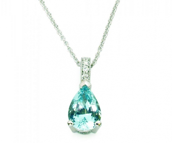 Aquamarine with Diamonds