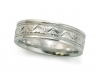 Hand-engraved Men's Band in Platinum
