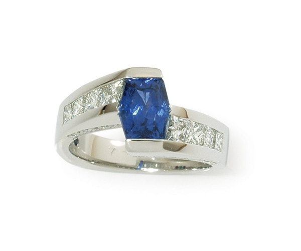 Blue Sapphire and Diamonds Set in Platinum